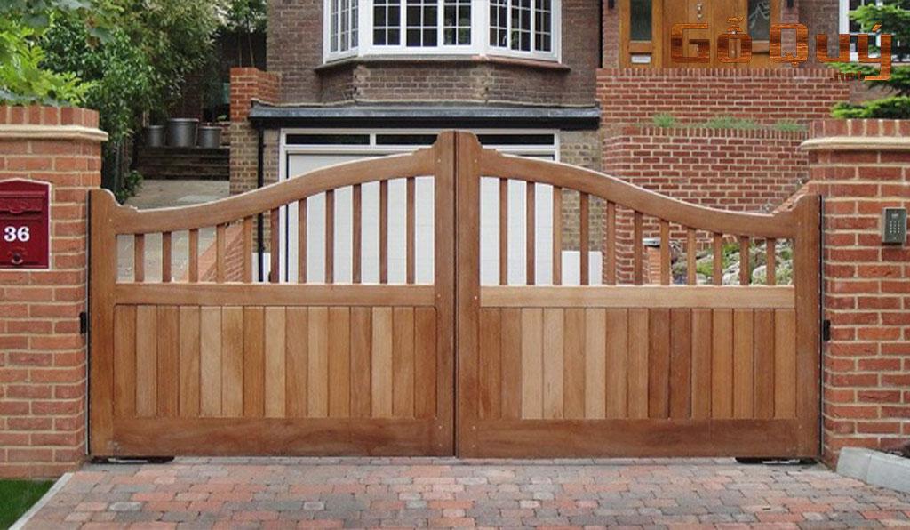 cổng nhà gỗ hiện đại