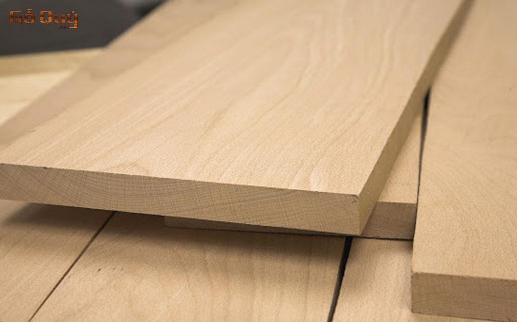 gỗ quý tự nhiên làm bán ghế Chò Chỉ