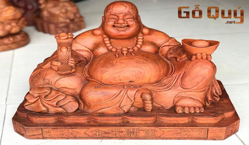 Tượng Phật Di Lặc gỗ quý